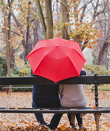 couple_umbrella_222